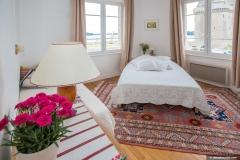 Chambre 2 lit 140 et 90cm avec vue sur la Tour Solidor et mer