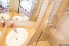 salle de bain 2 chambre 2